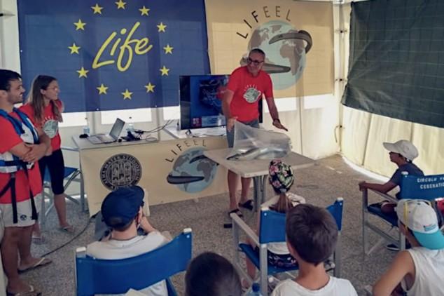Lezione al Circolo Vela di Cesenatico prima di liberare anguille